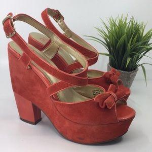 Seychelles • red orange suede 70s style platforms